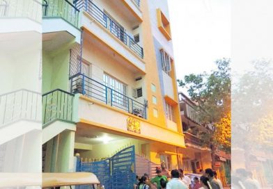 2-yr-old dies after falling from 4th floor on his b'day