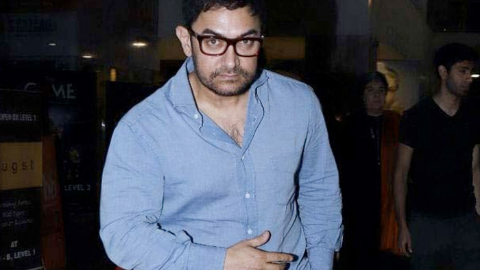 "Aamir Khan Is Not The ""Robin Hood"" In Wheat Bags Of Money Report. See His Tweet"